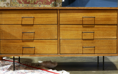 A Mid Century chest of drawers