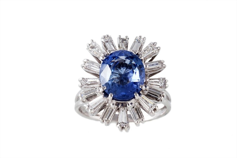 A SAPPHIRE AND DIAMOND CLUSTER RING, with GRS cert stating t...