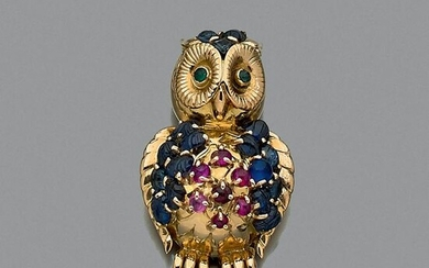 "Clip ""Owl"" in yellow gold 18k (750 ‰), feathers"