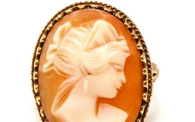 Gold w Carved Shell Cameo Woman's Profile Ring