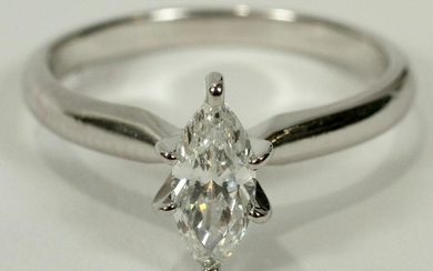 MARQUISE DIAMOND WHITE GOLD RING, SIZE 5.0