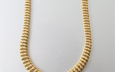 Necklace in yellow gold 750 thousandths American stitch,...