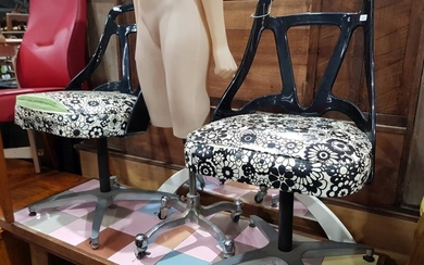 Pair of Vintage Swivel Dining Chairs (BH:85cm)