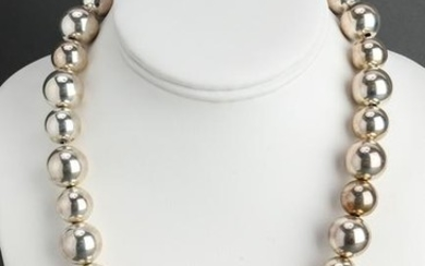 Vintage Silver Alternating Beaded Ball Necklace