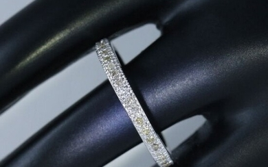 14 K / 585 White Gold Eternity Diamond Band Ring