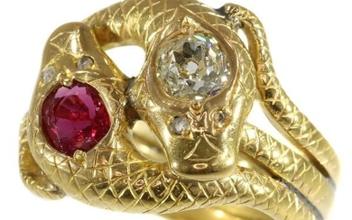 18 kt. Yellow gold - Ring, late-Victorian, early Art Nouveau, Anno 1890 - 0.51 ct Ruby - Diamonds, Natural (untreated), Free resizing*