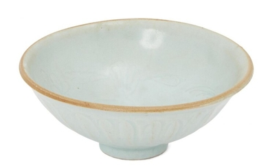 A Chinese pottery qingbai-glazed bowl, Song/Yuan dynasty, decorated to the...