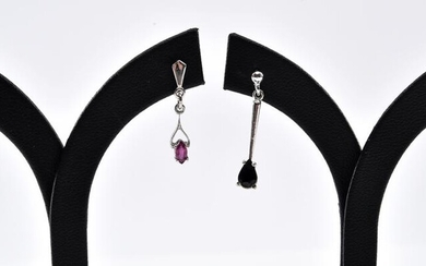A PAIR OF SAPPHIRE DROP EARRINGS IN STERLING SILVER, TOGETHER WITH A PAIR OF RUBY DROP EARRINGS IN 9CT WHITE GOLD