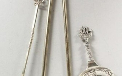 A PAIR OF STERLING SILVER GILT SPOONS, a caddy spoon