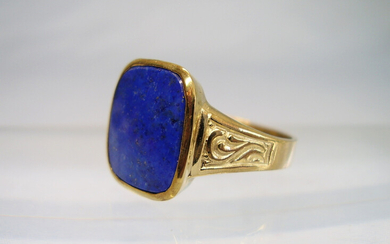 LAPIS LAZULI RING YELLOW GOLD 8 CARAT ANTIQUE.
