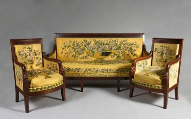 Mahogany and mahogany veneer living room furniture, Dauphin model composed of 8 armchairs, a pair of shepherdesses and a large sofa (some rare reinforcements and small pieces of veneer but very nice condition).