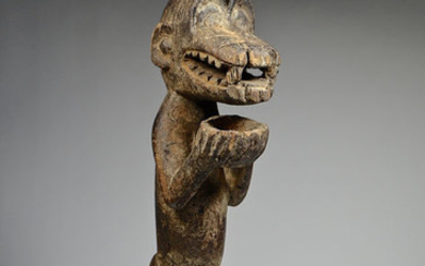 Mbra cult monkey figure - Wood - GBEKRE - Baoulé - Ivory Coast