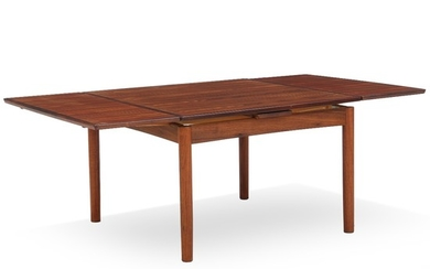 Poul Hundevad: Coffee table of rosewood with extension, reversible sqaure top. H. 52 cm. L. 80/111/142 cm. W. 80 cm.