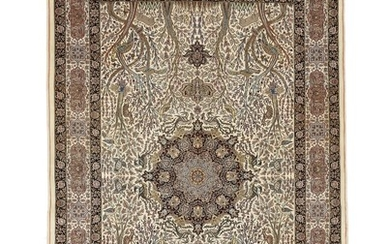 A double signed Mashad carpet, Persia. Signed: Iran Mashad Bager Golparvar. 250×163 cm.