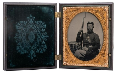 [CIVIL WAR] Ambrotype of a Civil War Union Soldier with