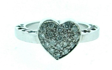 CUTE 18k White Gold & Diamond Heart Ring Circa 1980s!
