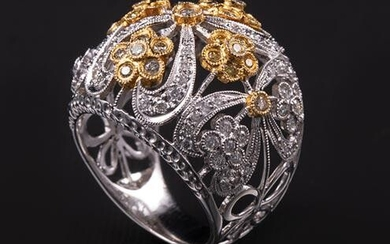 18 kt. White and Yellow Gold and Diamond Ring