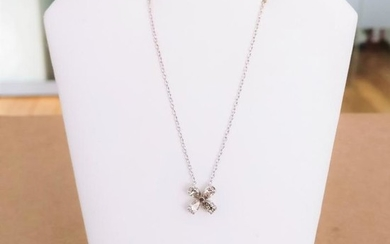 18 kt. White gold - Necklace with pendant - 0.64 ct Diamond