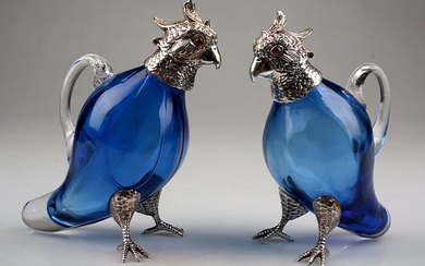 A Pair of Victorian Parrot Wine Decanters - Glass, Silver plated - First half 20th century