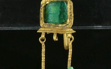 Ancient Roman Gold Earring with green glass