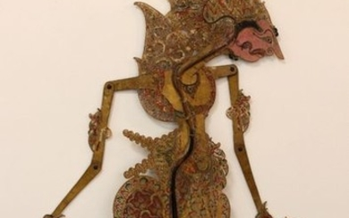 Beautiful articulated puppet in finely cut and polychrome...