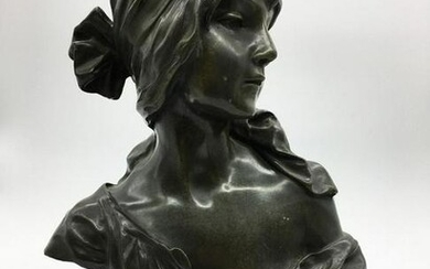 Bronze bust of young women