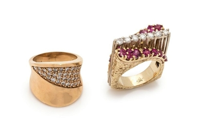 COLLECTION OF YELLOW GOLD, DIAMOND AND GEMSTONE RINGS