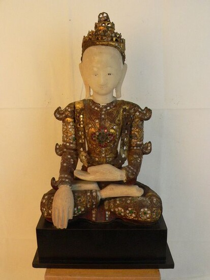 Figure (1) - Alabaster wood - Mandalay - Burma - 18th century