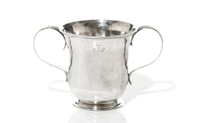 GEORGE II ENGLISH SILVER TWO HANDLED CUP, 241g