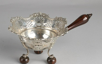 Silver pipe stove, 833/000, with a round tray decorated