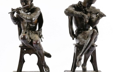 A Good Pair of Spelter Figures of Seated Violin & Flute Players H: 37cm