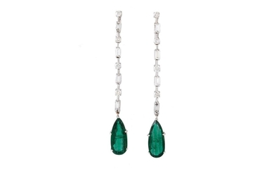 A PAIR OF EMERALD AND DIAMOND DROP EARRINGS, with IGI cert. ...