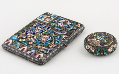 A RUSSIAN GILT SILVER AND CLOISONNE ENAMEL CIGARETTE CASE AND PILL BOX, MOSCOW, 1908-1917, THE PILL BOX BY 11TH ARTEL