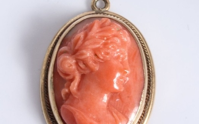 Antique 10K Yellow Gold Coral Cameo Pendant