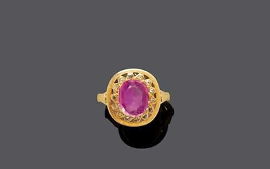 BURMA PINK SAPPHIRE AND DIAMOND RING, ca. 1920.