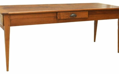 FRENCH PROVINCIAL FRUITWOOD FARMHOUSE TABLE