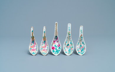 Five Chinese famille rose 'phoenix' spoons for the Straits of Peranakan market, 19/20th C.