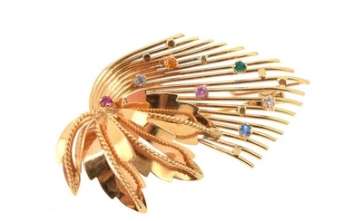 Leaf brooch in 18 K (750°/°°) yellow gold set with small imitation stones.