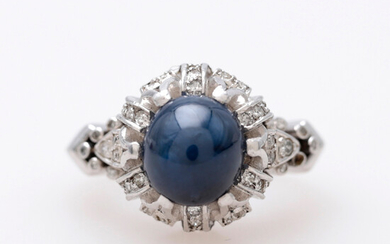Sapphire and diamonds ring, early 20th Century.