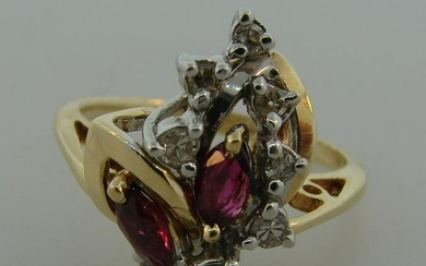 Stylish DIAMOND RUBY YELLOW GOLD RING Classy and