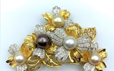 A Diamond encrusted 18ct Gold Brooch with 3 colours of Natur...
