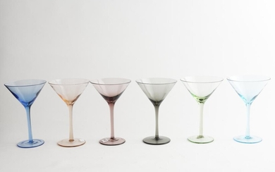 A SET OF SIX RETRO HARLEQUIN COLOURED GLASS MARTINI GLASSES, 18 CM HIGH, LEONARD JOEL LOCAL DELIVERY SIZE: SMALL