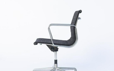 Charles Eames, Task chair on casters 'Aluminum Group'