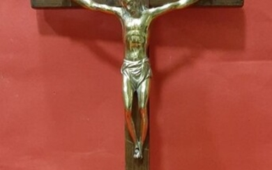 Crucifix, Bronze Christ of round bulk of the s. XVIII with cross and walnut base - Bronze, Walnut - Late 18th century