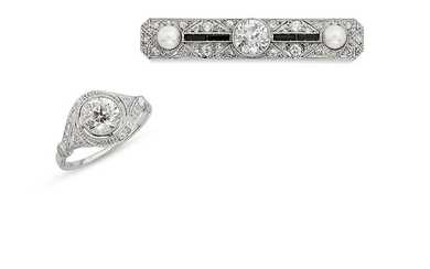 DIAMOND RING AND PEARL, ONYX AND DIAMOND BROOCH,