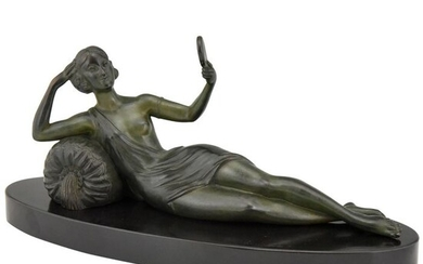 Limousin - Art Deco sculpture woman with mirror