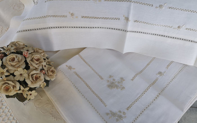 Pure linen linen with hand embroidered golden stitch - Linen - AFTER 2000