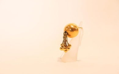 Spherical pendant with pendants in 18 carat yellow gold, approx. 12 g.