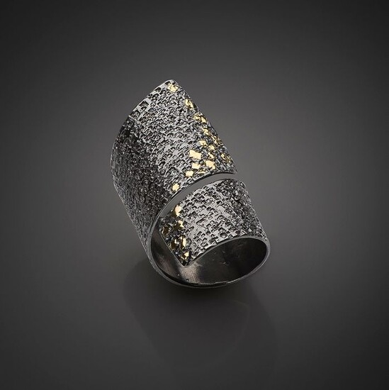 Stella Deligianni 925 oxidized silver, yellow gold 18K - Ring
