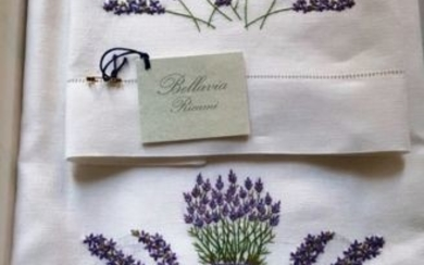 Towels 1+1 - Bellavia ricami - made of pure 100% linen - hand embroidered lavender flowers in satin stitch